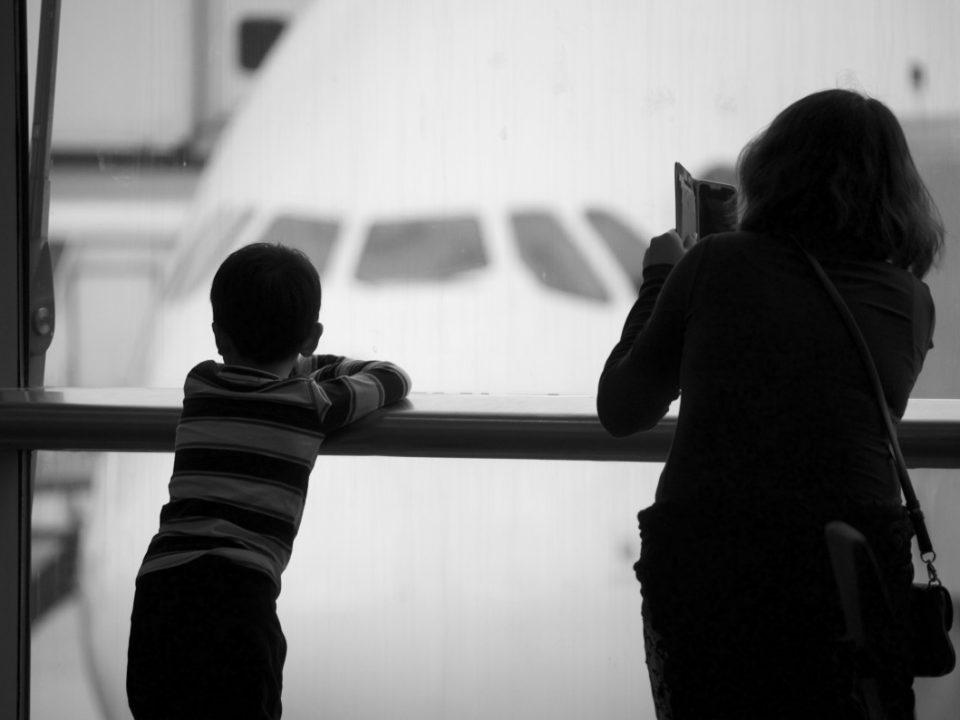 Установление запрета на выезд ребёнка за границу во внесудебном порядке на примере ПМР